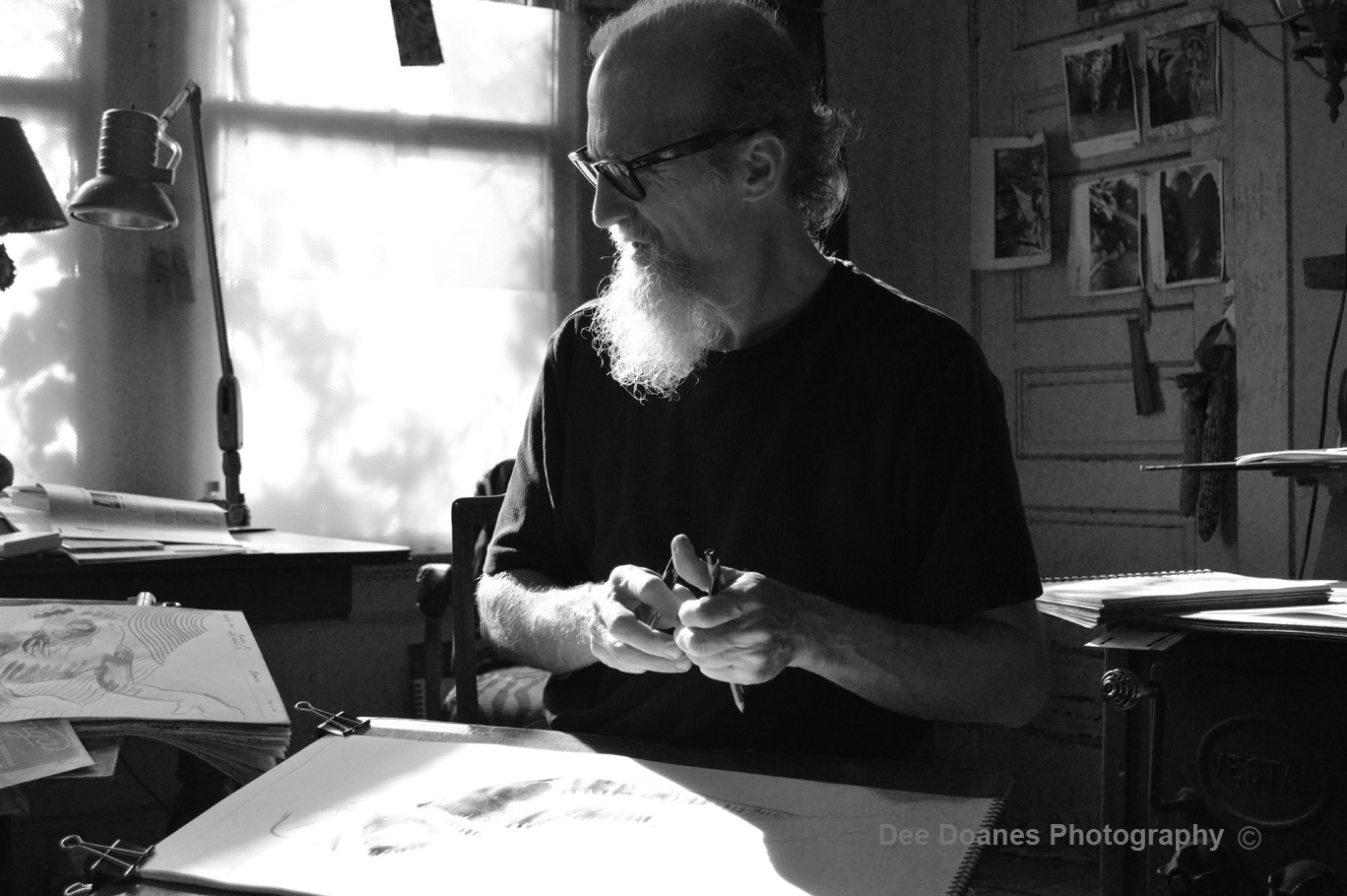 Thomas-creating-Art-BW-copyright